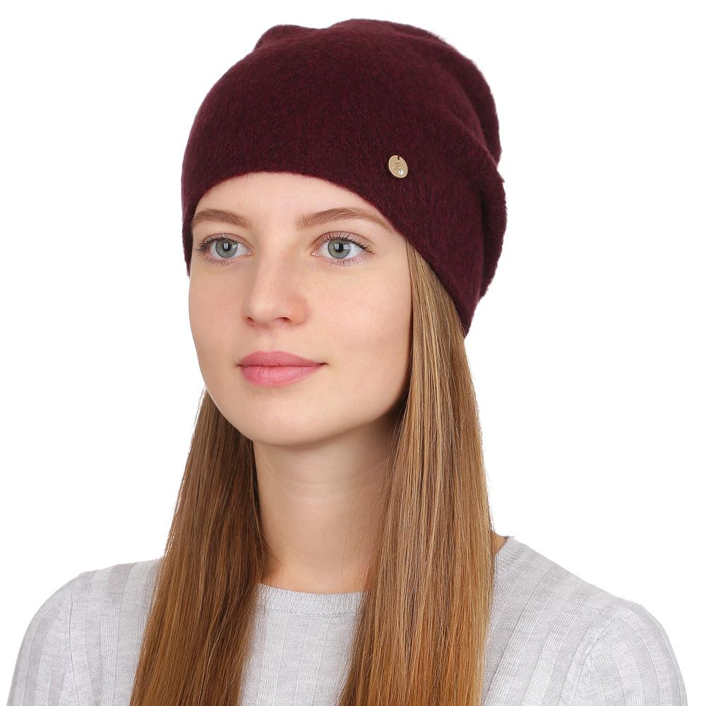 Шапка женская Fabretti, цвет: бордовый. F2017-12-26. Размер универсальныйF2017-12-26Универсальная женская шапка от Fabretti выполнена из высококачественных материалов. Простой аккуратный дизайн поможет вам дополнить любой современный образ, а также создать неповторимый модный и элегантный стиль. Такой аксессуар можно сочетать с любым нарядом.