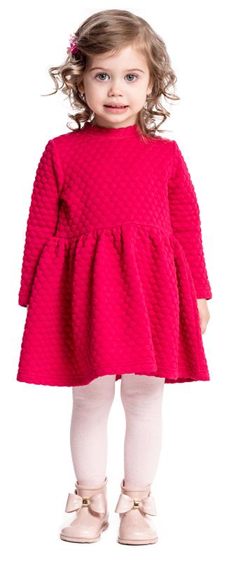 Платье для девочки PlayToday, цвет: малиновый. 378016. Размер 80378016Яркое платье PlayToday отрезное по талии из рельефного трикотажа с округлым воротником разнообразит повседневный гардероб ребенка. На спинке расположены удобные застежки-кнопки. Свободный крой не сковывает движений. Приятная на ощупь ткань не вызывает раздражений.