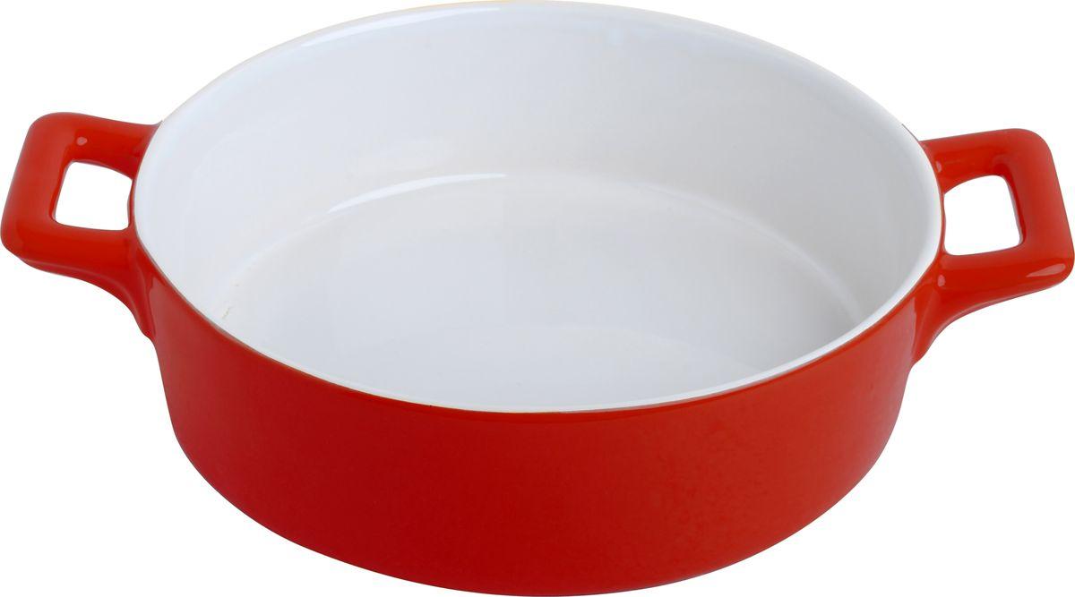 Противень керамический Frank Moller, цвет: красный, белый, 24,3 х 18,8 х 6,3 смFM-634Противень керамический Frank Moller выполнен из высококачественной жаропрочной керамики. Благодаря обжигу при высоких температурах изделие имеет прочную непористую структуру и идеально гладкую поверхность. Материал гигиеничен, не впитывает запахи, легко моется, нейтрален к пищевым кислотам и солям. Обеспечивает щадящий режим приготовления, благодаря способности медленно накапливать тепло и медленно его отдавать. Противень подходит для использования в духовке, гриле, микроволновых печах, для хранения в холодильнике и замораживания. Можно мыть в посудомоечной машине. Выдерживает нагрев до 220°С.Размер (с учетом ручек): 24,3 х 18,8 х 6,3 см.