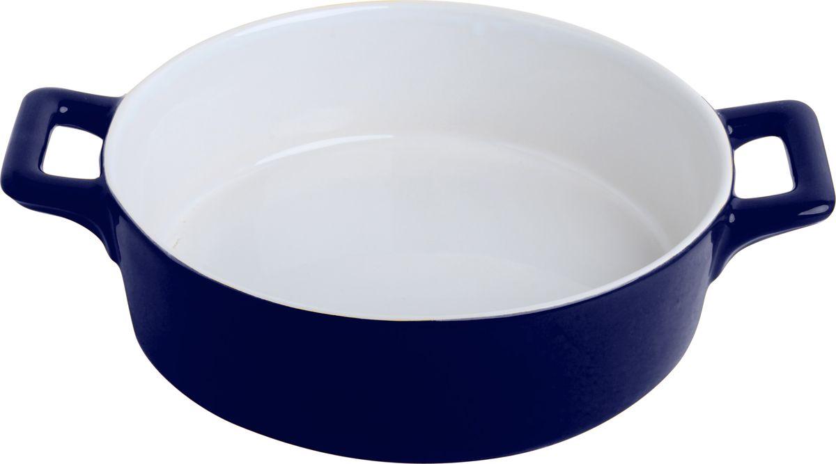 Противень керамический Frank Moller, цвет: синий, белый, 24,3 х 18,8 х 6,3 смFM-635Противень керамический Frank Moller выполнен из высококачественной жаропрочной керамики. Благодаря обжигу при высоких температурах изделие имеет прочную непористую структуру и идеально гладкую поверхность. Материал гигиеничен, не впитывает запахи, легко моется, нейтрален к пищевым кислотам и солям. Обеспечивает щадящий режим приготовления, благодаря способности медленно накапливать тепло и медленно его отдавать. Противень подходит для использования в духовке, гриле, микроволновых печах, для хранения в холодильнике и замораживания. Можно мыть в посудомоечной машине. Выдерживает нагрев до 220°С.Размер (с учетом ручек): 24,3 х 18,8 х 6,3 см.