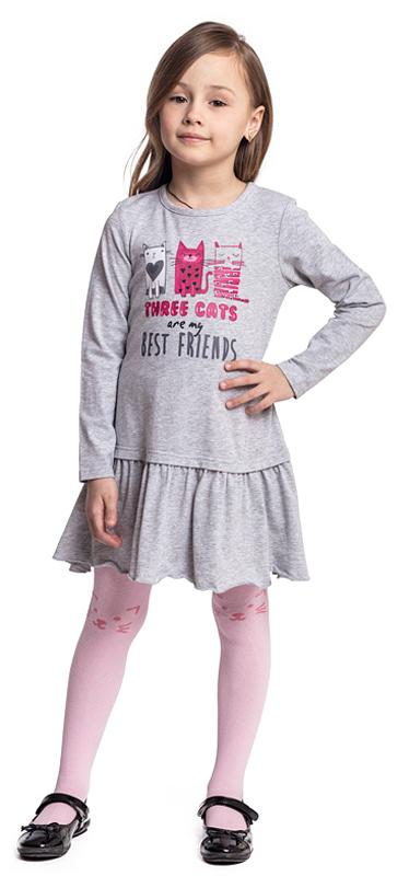 Платье для девочки PlayToday, цвет: серый. 372023. Размер 128372023Трикотажное платье PlayToday выполнено из эластичного хлопка. Модель с длинными рукавами декорирована лицензированным принтом. Низ дополнен широкой оборкой. Свободный крой не сковывает движений ребенка.