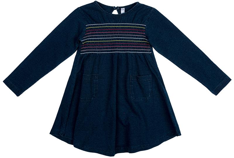 Платье для девочки PlayToday, цвет: темно-синий. 372073. Размер 110372073Классическое платье PlayToday свободного кроя - отличное решение для повседневного гардероба. Модель с округлым вырезом, дополнена накладными карманами и декорирована контрастными швами. Натуральный материал не вызывает раздражений.