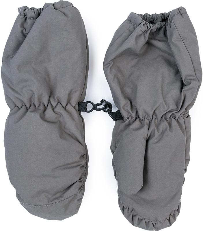 Варежки для мальчика PlayToday, цвет: серый. 377078. Размер 11377078Теплые PlayToday варежки из непромокаемого материала защитят руки ребенка при холодной погоде. Модель на подкладке из теплого флиса. Удлиненные запястья дополнены резинками для дополнительного сохранения тепла.