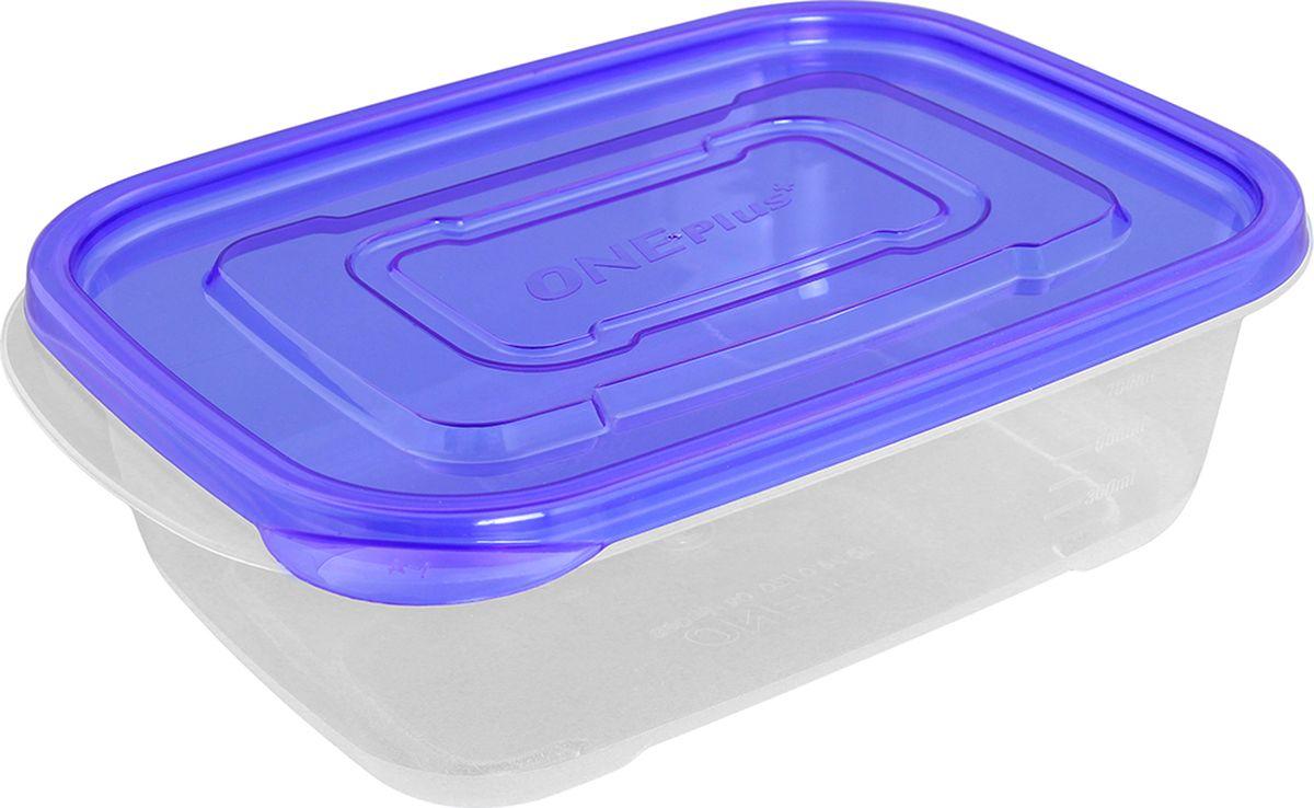 Контейнер пищевой One plus, цвет: прозрачный, синий, 890 мл. 810052810052Пластиковый контейнер для хранения продуктов One plus произведен из высококачественных материалов, термоустойчив, может быть использован в микроволновой печи и в морозильной камере, устойчив к воздействию масел и жиров, не впитывает запах. Удобен в использовании, долговечен, легко открывается и закрывается, не занимает много места, можно мыть в посудомоечной машине. Пригоден для разогрева пищи в СВЧ при t не более +125 C, для хранения в морозильнике при t не ниже -24 С. Объем: 890 мл.