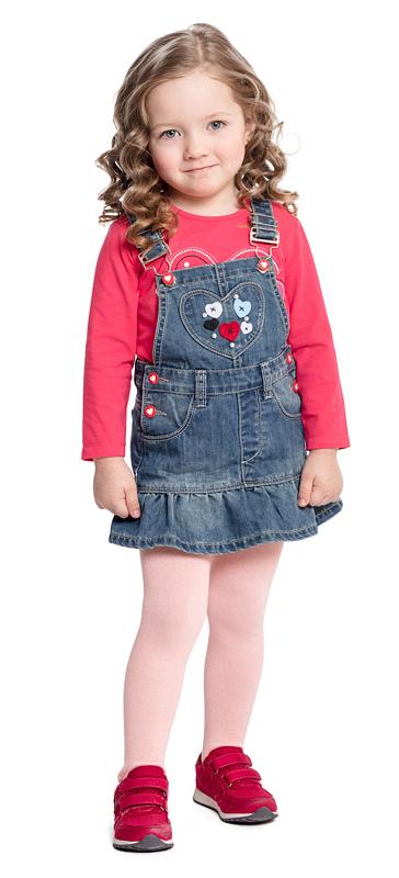 Сарафан для девочки PlayToday, цвет: синий. 378014. Размер 86378014Практичный джинсовый сарафан PlayToday - отличное решение для повседневного гардероба ребенка. Модель на широких регулируемых лямках с вшивными и накладными карманами. На полочке аккуратная аппликация из фетра и бусин. Юбка дополнена широкой оборкой. Яркие пуговицы-болты отлично дополняют сарафан.