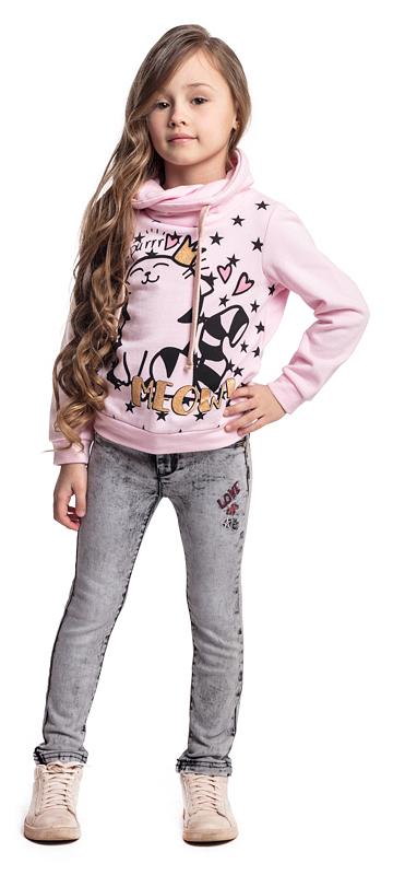 Толстовка для девочки PlayToday, цвет: розовый. 372017. Размер 104372017Толстовка PlayToday выполнена из хлопкового трикотажа. Модель с нестандартным воротником-хомутом асимметричного кроя. Воротник дополнен регулируемым шнуром-кулиской. В качестве декора на толстовку нанесен яркий принт. Свободный крой не сковывает движений ребенка.