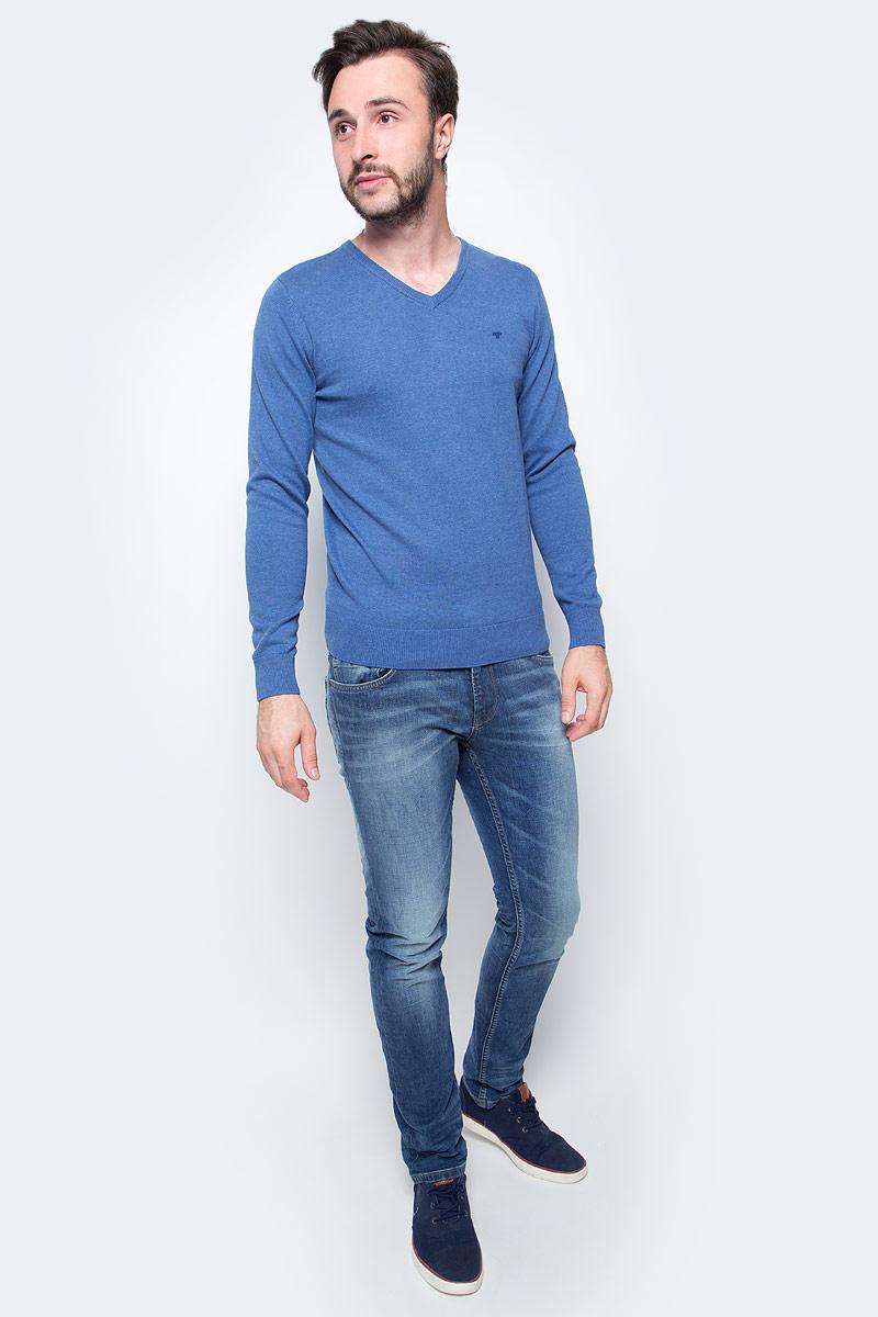 Пуловер мужской Tom Tailor, цвет: синий. 3022881.09.10. Размер M (48)3022881.09.10Мужской пуловер Tom Tailor выполнен из натурального хлопка. Модель с длинными рукавами и V-образным вырезом горловины.