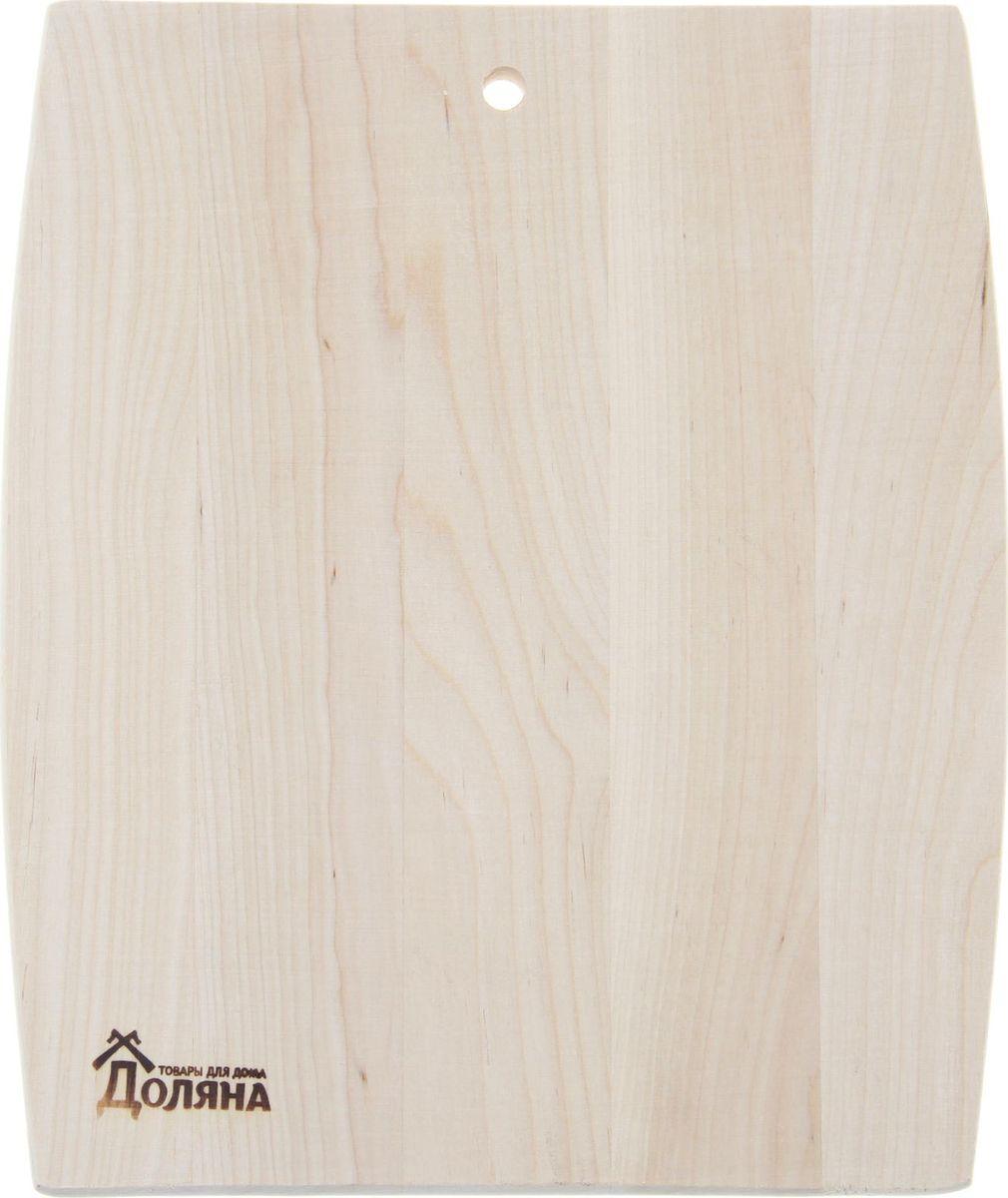 Доска разделочная Доляна Бочонок, 28 х 23 см1301847Доска разделочная Доляна Бочонок имеет приятный и естественный цвет. Она может служить прекрасной подставкой для горячего. Доска из качественного дерева по праву считается самой надежной: она имеет высокую прочность, устойчива к сильным нагрузкам. Используя ее, вы не затупите ножи. Разделочная доска не разбухает в воде, не впитывает влагу, устойчива к запахам. Чтобы ваша доска служила вам верой и правдой долгие годы, советуем следовать простым правилам. Они помогут вам сохранить ее внешний вид и все потребительские качества:допускается только ручное мытье, не кладите доску в посудомоечную машинку; не оставляйте разделочную доску отмокать в воде, мойте ее только проточной водой до или после остальной посуды; отмывать доску необходимо под горячей водой, а ополаскивать - в холодной; сушите доску на воздухе, в подвешенном состоянии; для дезинфекции раз в месяц протирайте доску разведенным уксусом или лимонным соком.Если вы будете грамотно заботиться о своих кухонных помощниках, любой процесс приготовления пищи станет легким и приятным.Специальное отверстие в верхней части позволит подвесить разделочную доску на стену для удобства хранения.