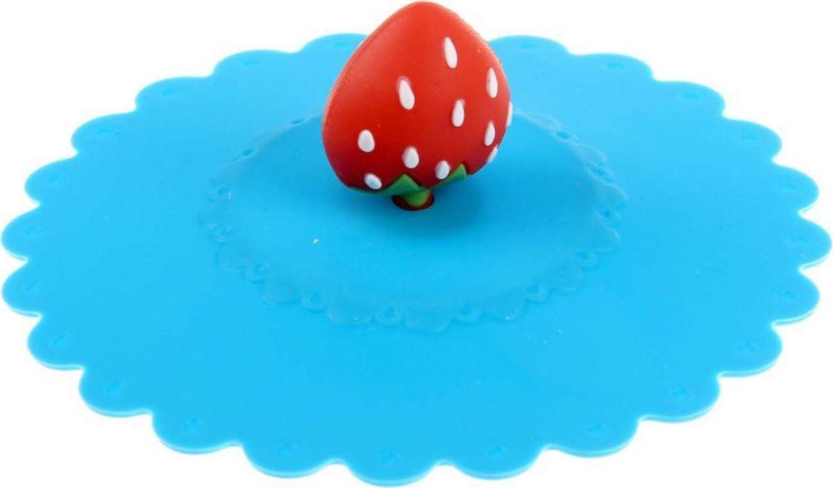 Крышка Доляна Клубничка, цвет: голубой, 11 см1166889Крышка станет незаменимым помощником любой современной хозяйки! Онавыполнена из безопасного пищевого силикона, устойчивого к температурам от -40до +250 градусов. Изделие не впитывает посторонние запахи, удобно втранспортировке и хранении.Яркие цвета и необычная форма ручкипривлекут внимание любого посетителя вашей кухни, а вам поможет не потерятькрышку среди остальной посуды.