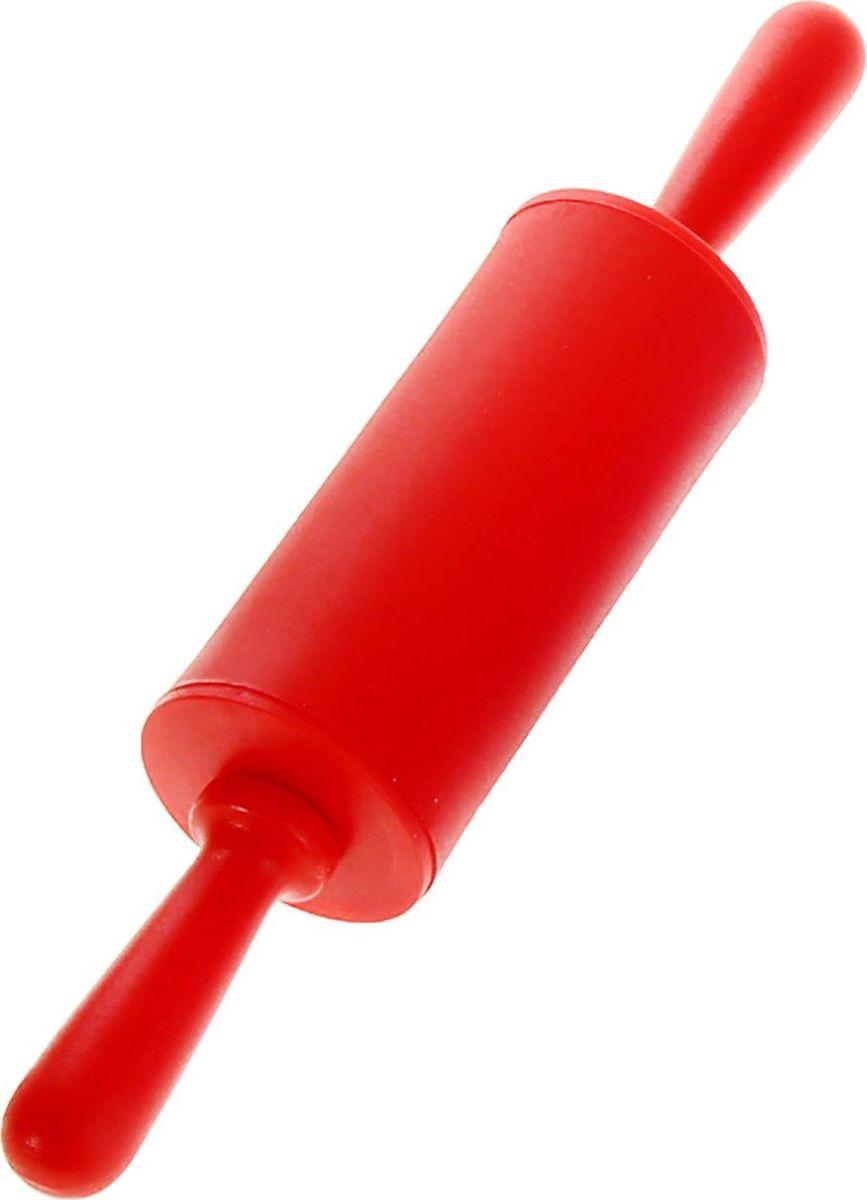 Скалка Доляна Севилья, 22 х 4 см118930Скалка — необходимый на кухне предмет. Изделие из силикона представляет собой усовершенствованную версию привычного инструмента. Яркий дизайн делает предмет украшением арсенала каждого повара. Готовку облегчают удобные ручки.