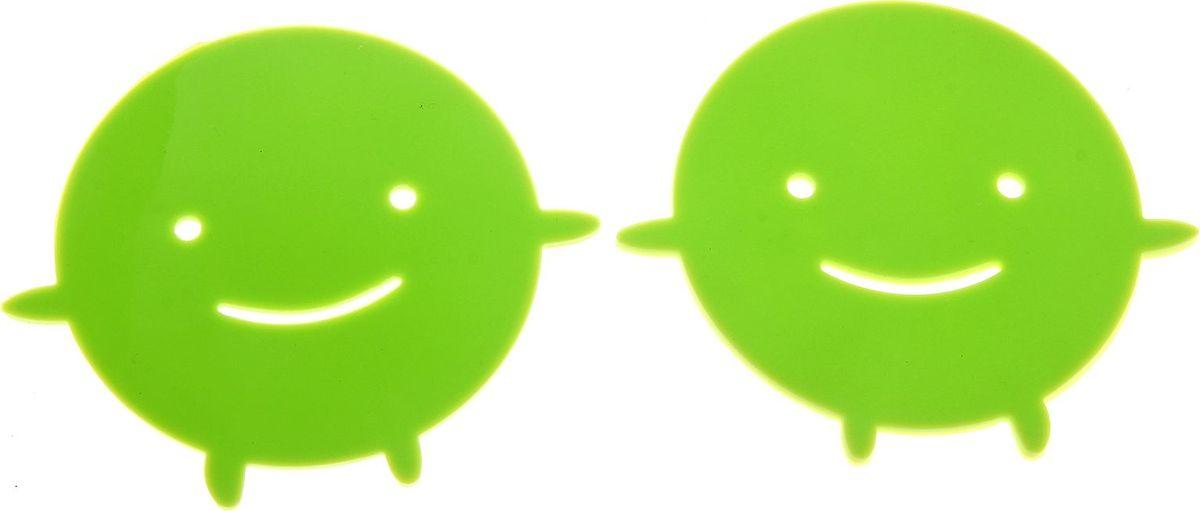 Набор подставок под горячее Доляна Позитив, цвет: зеленый, 2 шт148198Силиконовая подставка под горячее — практичный предмет, который обязательно пригодится в хозяйстве. Изделие поможет сберечь столы, тумбы, скатерти и клеёнки от повреждения нагретыми сковородами, кастрюлями, чайниками и тарелками.