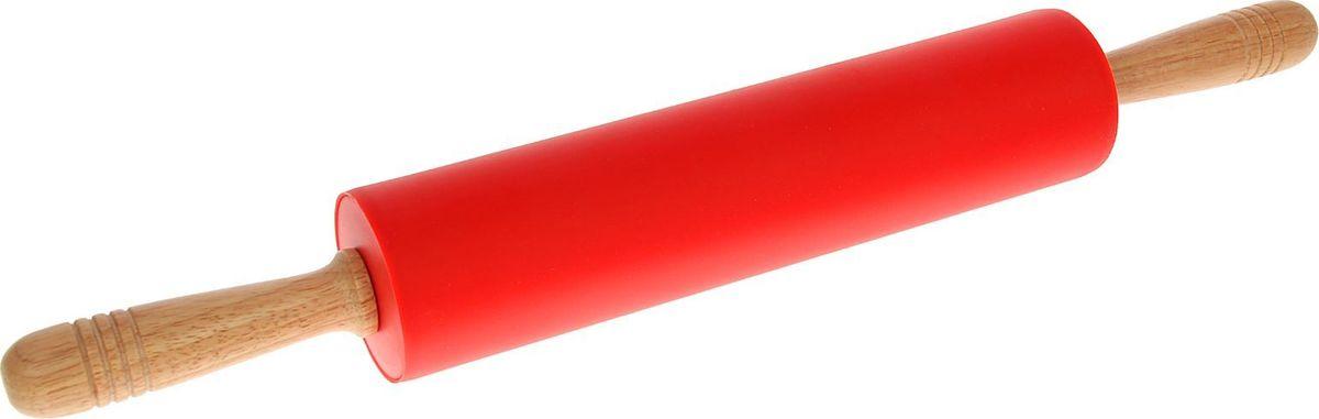 Скалка Доляна Валенсия, цвет: красный, 52 х 6,5 см1569766Скалка - необходимый на кухне предмет. Скалка Доляна Валенсия, изготовленная из пластика ссиликоновым покрытием представляет собой усовершенствованную версию привычногоинструмента. Яркий дизайн делает предмет украшением арсенала каждого повара. Готовкуоблегчают удобные деревянные ручки.