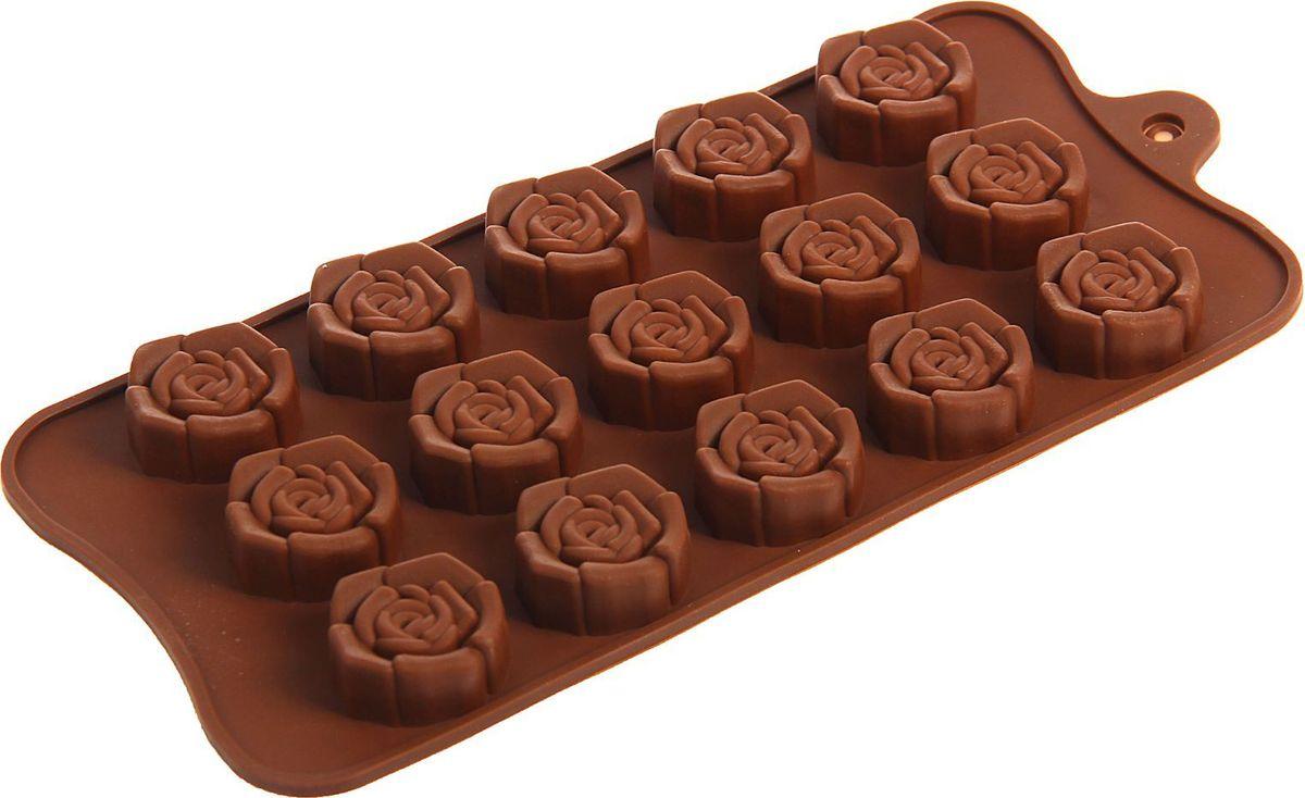 Форма для льда и шоколада Доляна Розочки, 20,5 х 10,5 х 1,5 см, 15 ячеек1687509Фигурная форма для льда и шоколада Доляна Розочки выполнена из пищевого силикона, который не впитывает запахов, отличается прочностью и долговечностью. Материал полностью безопасен для продуктов питания. Кроме того, силикон выдерживает температуру от -40°С до +250°С. Благодаря гибкости материала готовый продукт легко вынимается. С помощью такой формы можно приготовить оригинальные конфеты и фигурный лед. Приготовить миниатюрные украшения гораздо проще, чем кажется. Наполните силиконовую емкость расплавленным шоколадом, мастикой или водой и поместите в морозильную камеру. Вскоре у вас будут оригинальные фигурки, которые сделают запоминающимся любой праздничный стол! Форма легко отмывается, в том числе в посудомоечной машине.