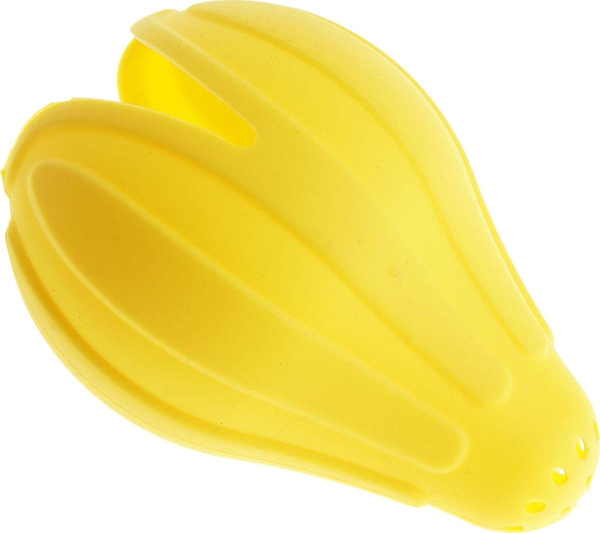 Соковыжималка Доляна Лимония, ручная, 13 х 8 см178103Ручная соковыжималка Доляна Лимония представляет собой простое устройство, благодаря которому вы с легкостью и без проблем сможете извлечь сок из апельсинов, мандаринов, грейпфрутов, лимонов и прочих цитрусовых в небольших количествах. Этот компактный и простой по конструкции атрибут весьма удобен в использовании, легок в очистке и станет неотъемлемым прибором на вашей кухне.