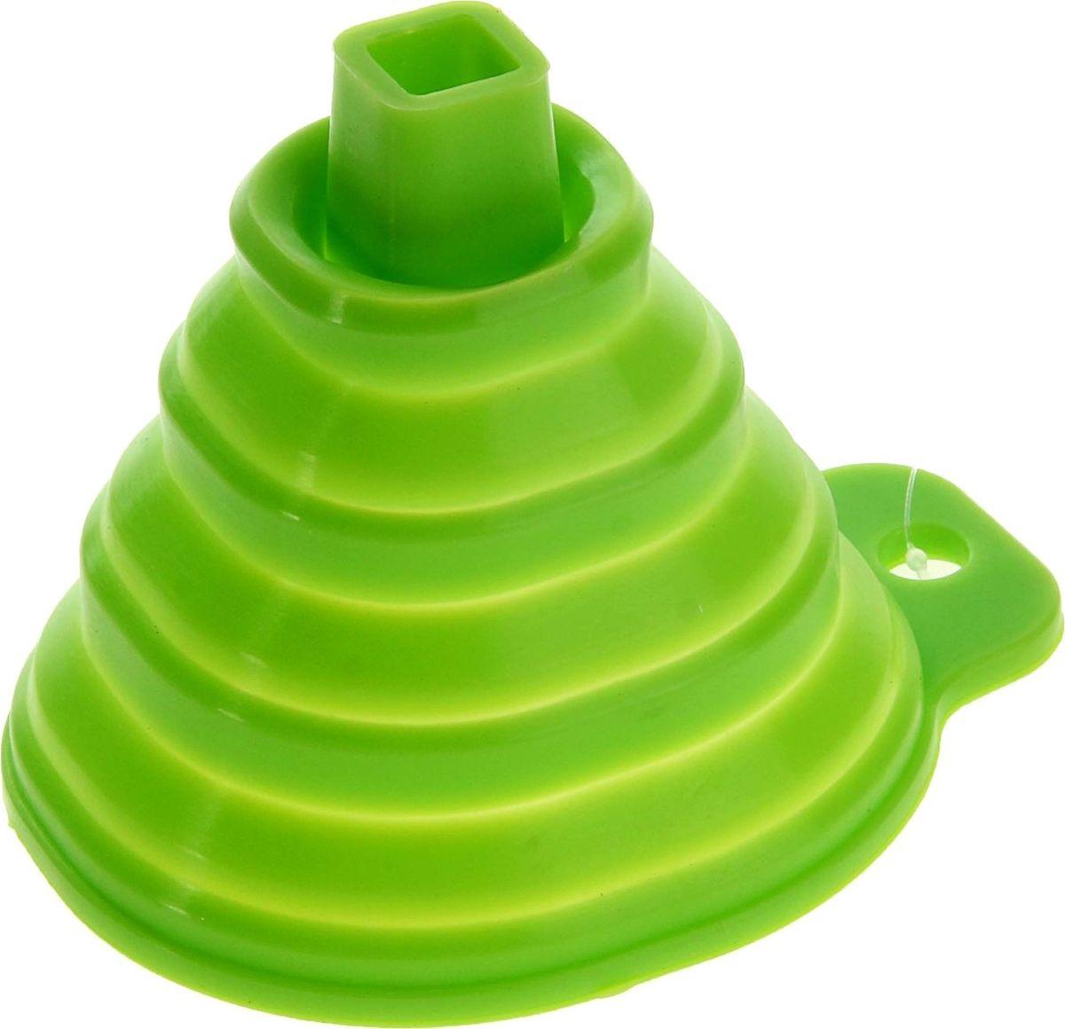 Воронка Доляна Квадро, складная, цвет: салатовый, 7 х 9 см811938Складная воронка Доляна Квадро понадобится любой хозяйке. Выполнена из силикона. Материал позволяет варьировать размер слива в зависимости от диаметра горловины и условий хранения. Она проста в использовании.Размеры: 7 х 7 х 9 см.