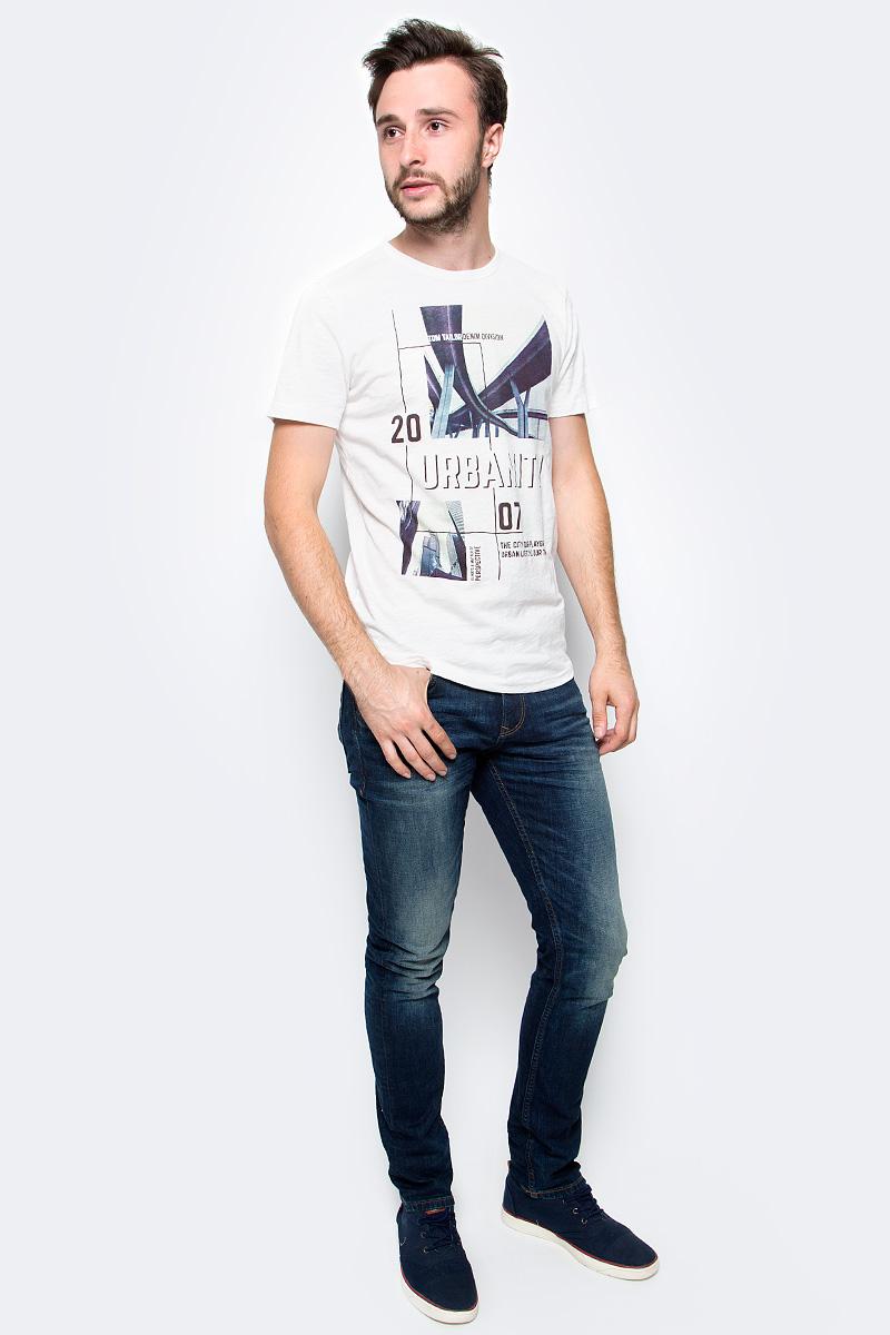 Футболка мужская Tom Tailor, цвет: белый. 1055084.00.12. Размер XL (52)1055084.00.12Мужская футболка Tom Tailor выполнена из натурального хлопка. Модель с короткими рукавами и круглым вырезом горловины спереди оформлена стильным принтом.