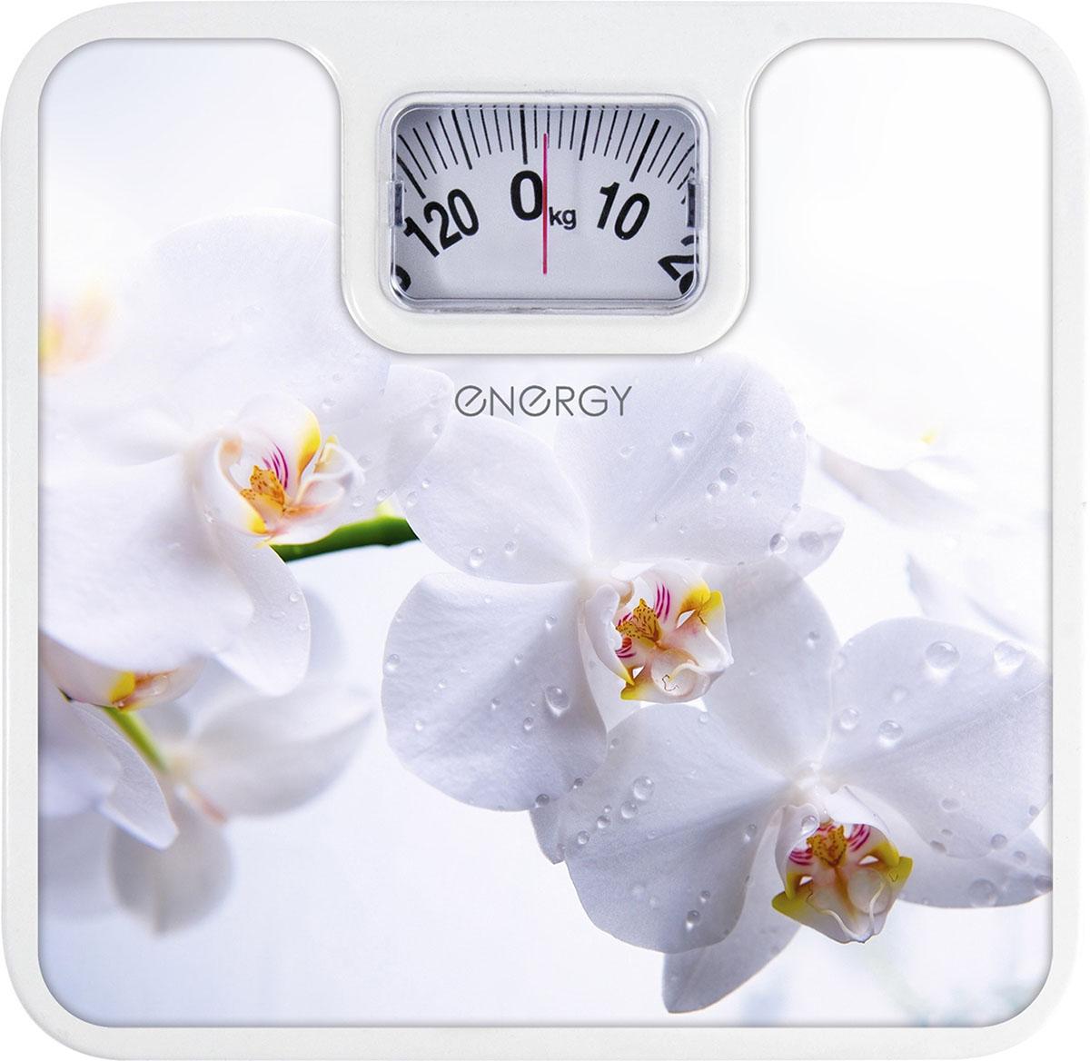 Energy ENМ-409Е напольные весы54 003118Напольные механические весы Energy ENМ-409E - неотъемлемый атрибут здорового образа жизни. Они необходимы тем, кто следит за своим здоровьем, весом, ведет активный образ жизни, занимается спортом и фитнесом. Очень удобны для будущих мам, постоянно контролирующих прибавку в весе, также рекомендуются родителям, внимательно следящим за весом своих детей.Надежный механизмКрупный шрифт надписей на шкалеЦена деления: 1 кг