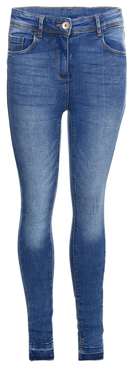 Джинсы для девочки Tom Tailor, цвет: синий. 6205711.00.40_1000. Размер 1586205711.00.40_1000Детские джинсы для девочки Tom Tailor с эффектом потертости ткани. Модель зауженного кроя и средней посадки в поясе застегивается на пуговицу, имеются ширинка на молнии и шлевки для ремня. Джинсы имеют классический пятикарманный крой.