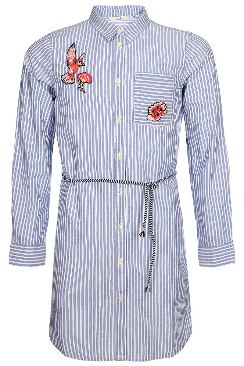Платье для девочки Tom Tailor, цвет: голубой, белый. 5019893.00.40. Размер 1405019893.00.40Стильное платье-рубашка Tom Tailor выполнено из натурального хлопка. Модель свободного кроя с отложным воротником и длинными рукавами застегивается на пуговицы, на талии дополнена оригинальным пояском.