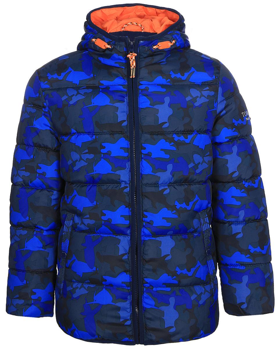 Куртка для мальчика Tom Tailor, цвет: синий. 3533400.00.82. Размер 104/1103533400.00.82Утепленная куртка для мальчика Tom Tailor выполнена из ветрозащитного материала. Модель с длинными рукавами и пришивным капюшоном застегивается на молнию. По бокам куртка дополнена прорезными карманами на кнопках.