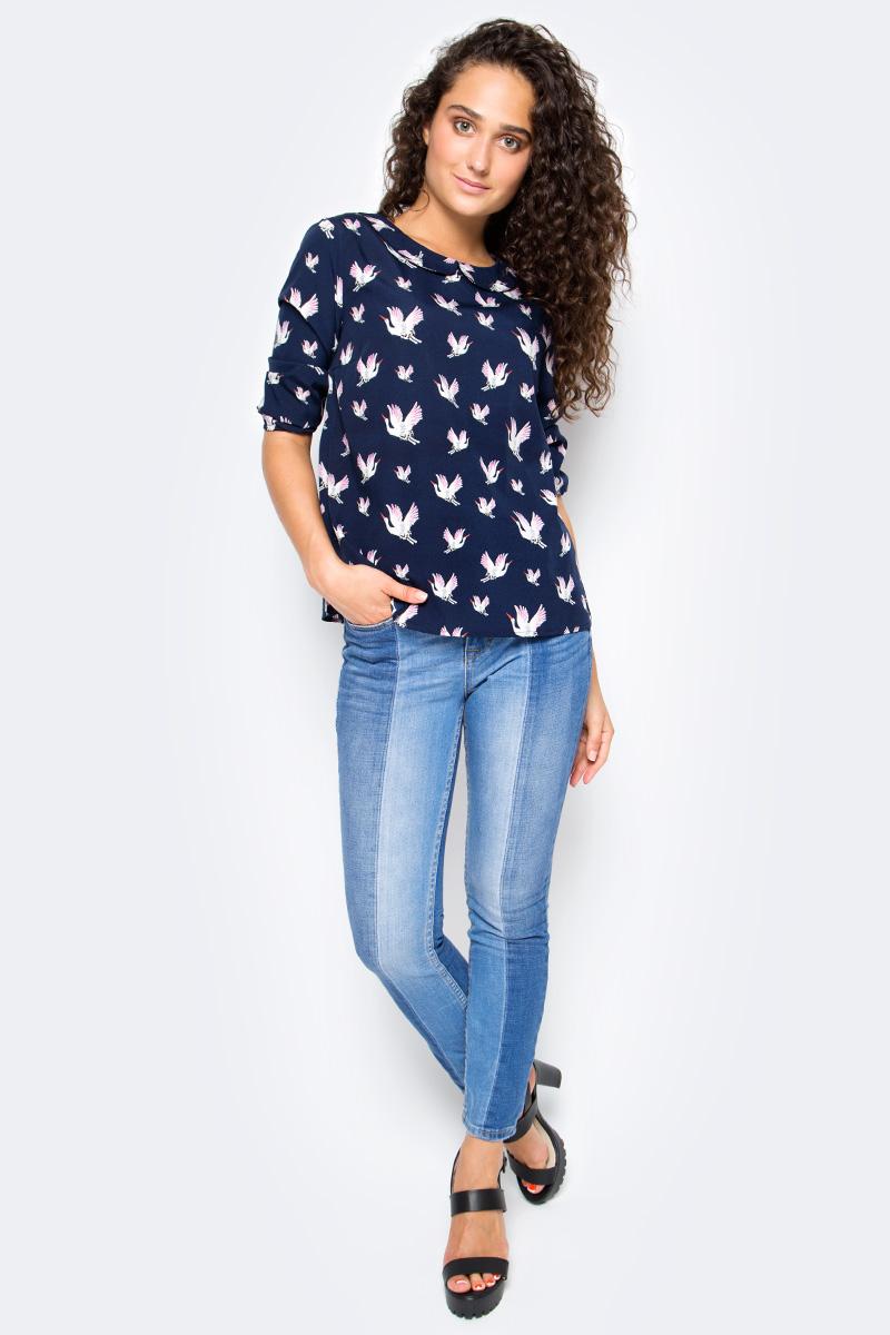 Блузка женская Tom Tailor, цвет: синий. 2055112.00.71_1000. Размер L (48)2055112.00.71_1000Женская блузка Tom Tailor выполнена из высококачественного материала. Модель свободного кроя с отложным воротником и рукавами 3/4 на спинке застегивается на пуговицы по всей длине, оформлена оригинальным принтом.