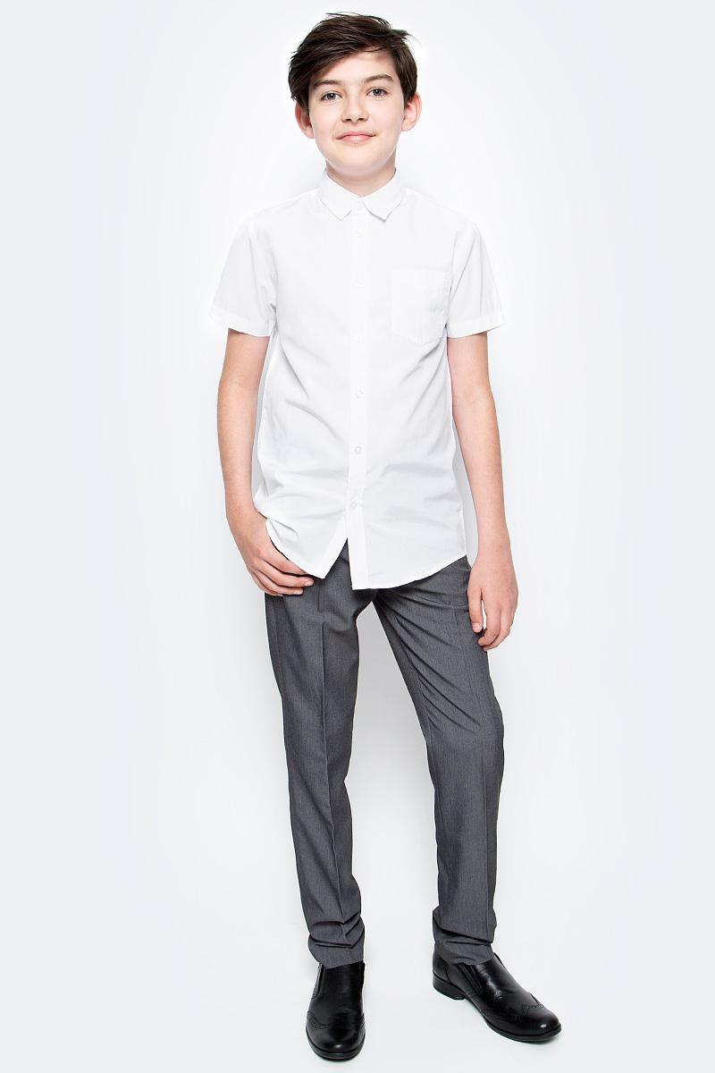 Рубашка для мальчика Sela, цвет: белый. Hs-812/207-7310. Размер 140, 10 летHs-812/207-7310Рубашка для мальчика Sela выполнена из высококачественного материала. Модель с отложным воротником и короткими рукавами застегивается на пуговицы. На груди рубашка дополнена накладным карманом на пуговице.