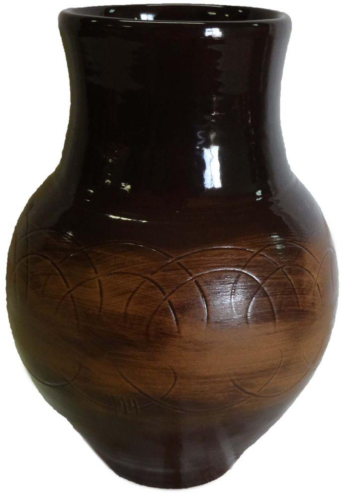 """Крынка Борисовская керамика """"Старина"""", изготовленная из керамики, удобна для использования под молоко и другие напитки. Наши предки не зря использовали глиняную посуду для хранения молока, в керамической крынке оно дольше остается свежим и не скисает. Вы точно будете знать, что здесь свежее, вкусное молоко, которое хочется пить прямо из горлышка. Керамическая крынка не только отлично впишется в любой интерьер кухни, но и станет отличным подарком."""