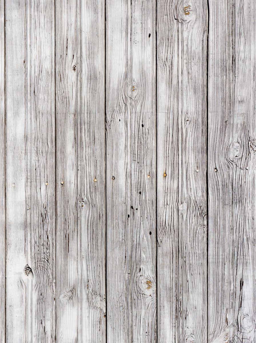 Фотофон безбликовый ART, профессиональный, 75 х 50 см. Ф2072Ф2072Моющиеся безбликовые профессиональные фотофоны ART чаще всего используются фотографами для постановочных съемок (в том числе при съемке детей, животных, различного вида блюд и разнообразных товаров для интеренет-магазинов). Помогают быстро сменить декорации, экономят время на поиски необходимых мест для съемок.Однако применение данных фотофонов не может ограничиваться только задействованием их в процессе съемки. Любой, кто занимается созданием декоративно-прикладных вещей различного рода может взять на заметку и найти применение данному продукту. Главное ваша фантазия и умелые руки.Его также можно использовать и в качестве защитного покрытия на письменный стол ученика. Его технические характеристики настолько впечатляют, что родители найдут в данном изделии хорошее сочетание цены и качества. Все фотофоны ART изготовлены по запатентованной технологии, которая обеспечивает: - отсутствие бликов - независимо от типа света; - гипоаллергенность - состав изделия не вызывает аллергических реакций; - износоустойчивость - жир не впитывается в структуру изделия, легко смывается любым моющим средством, не оставляя жирных пятен, мусор не задерживается, благодаря гладкой с особым покрытием поверхности, не боится декоративных лаков, так как их можно смыть ацетоном, не повредив поверхность изделия.Уважаемые клиенты!Фотофон не имеет устойчивой конструкции и нуждается в специальном приспособлении для установки, которое приобретается отдельно.
