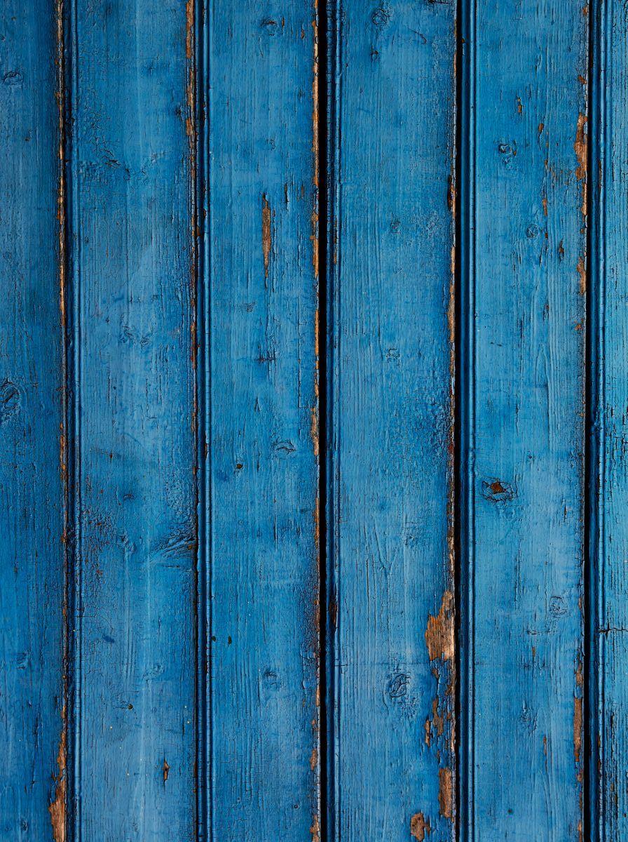 Фотофон безбликовый ART, профессиональный, 75 см х 1 м. Ф3052Ф3052Моющиеся безбликовые профессиональные фотофоны ART чаще всего используются фотографами для постановочных съемок (в том числе при съемке детей, животных, различного вида блюд и разнообразных товаров для интеренет-магазинов). Помогают быстро сменить декорации, экономят время на поиски необходимых мест для съемок.Однако применение данных фотофонов не может ограничиваться только задействованием их в процессе съемки. Любой, кто занимается созданием декоративно-прикладных вещей различного рода может взять на заметку и найти применение данному продукту. Главное ваша фантазия и умелые руки.Его также можно использовать и в качестве защитного покрытия на письменный стол ученика. Его технические характеристики настолько впечатляют, что родители найдут в данном изделии хорошее сочетание цены и качества. Все фотофоны ART изготовлены по запатентованной технологии, которая обеспечивает: - отсутствие бликов - независимо от типа света; - гипоаллергенность - состав изделия не вызывает аллергических реакций; - износоустойчивость - жир не впитывается в структуру изделия, легко смывается любым моющим средством, не оставляя жирных пятен, мусор не задерживается, благодаря гладкой с особым покрытием поверхности, не боится декоративных лаков, так как их можно смыть ацетоном, не повредив поверхность изделия.Уважаемые клиенты!Фотофон не имеет устойчивой конструкции и нуждается в специальном приспособлении для установки, которое приобретается отдельно.
