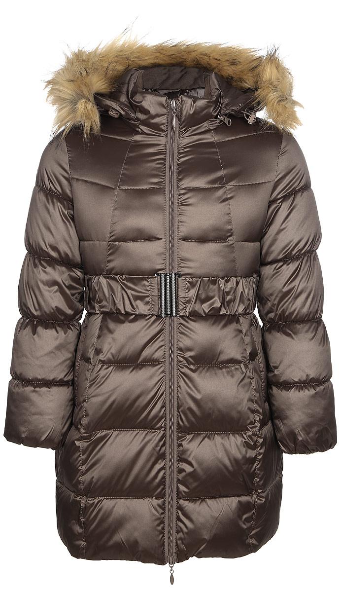 Пальто для девочки Oldos Кира, цвет: кофе с молоком. 1O7CT03. Размер 158, 13 лет1O7CT03Зимнее классическое пальто для девочки Oldos Кира c капюшоном и длинными рукавами выполнено из прочного полиэстера. В составе ткани верха нейлон, что делает изделие износостойким: оно не линяет, не протирается при интенсивной эксплуатации и сохраняет презентабельный вид при многократных стирках. Покрытие TEFLON защищает от воды и грязи. Современный утеплитель (искусственный лебяжий пух) легкий, как натуральный, отлично сохраняет тепло, не впитывает влагу, держит и быстро восстанавливает объем, гипоаллергенен.Подкладка – флис, в рукавах - гладкий полиэстер. Модель застегивается на застежку-молнию спереди и имеет ветрозащитный клапан. Пальто дополнено эластичным поясом, двумя карманами. Меховая опушка из искусственного меха отстегивается. Модель имеет визитку-нашивку (потеряшку). Светоотражающие элементы обеспечивают хорошую видимость в темное время суток. Пальто хорошо защищает от ветра и мороза благодаря съемному капюшону с регулировкой объема, воротнику-стойке, внутренним саморегулирующимся трикотажным манжетам в рукавах. Изделие рекомендовано носить при температуре от-35°С до 0°С.