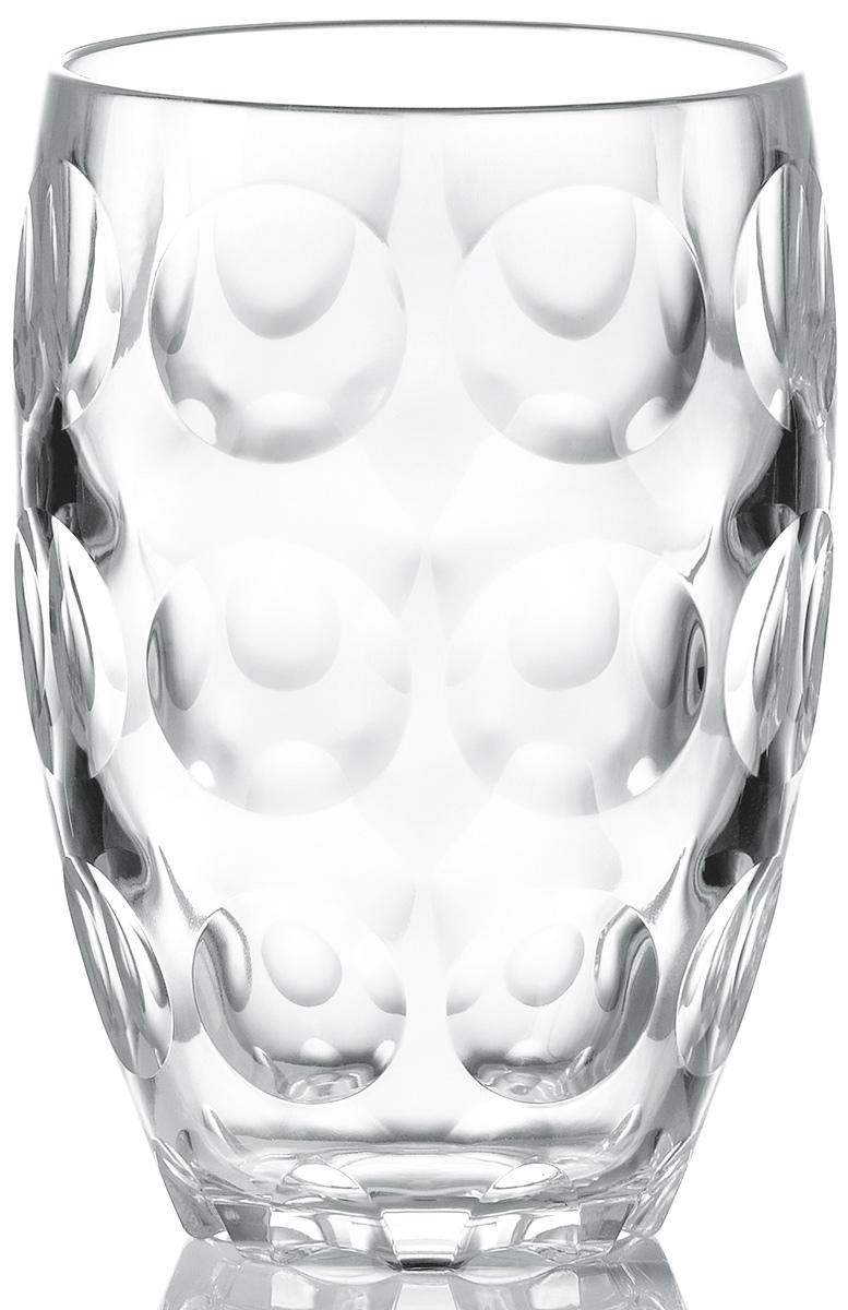 Стакан Guzzini Venice, цвет: прозрачный, 450 мл11050000Большой стакан Venice идеально подойдет для ежедневного использования. Он очень легкий, несмотря на то, что у него плотные стенки и основание. Оригинальный дизайн с круглыми вогнутыми элементами на поверхности создает эффект блеска, который усиливается на солнечном свету. Прекрасно смотрится как дома в квартире, так и на летней веранде на даче. Объем - 450 мл. Изготовлен из высококачественного органического стекла, устойчивого к износу и повреждениям. Не содержит вредных примесей и бисфенола-А. Можно мыть в посудомоечной машине.