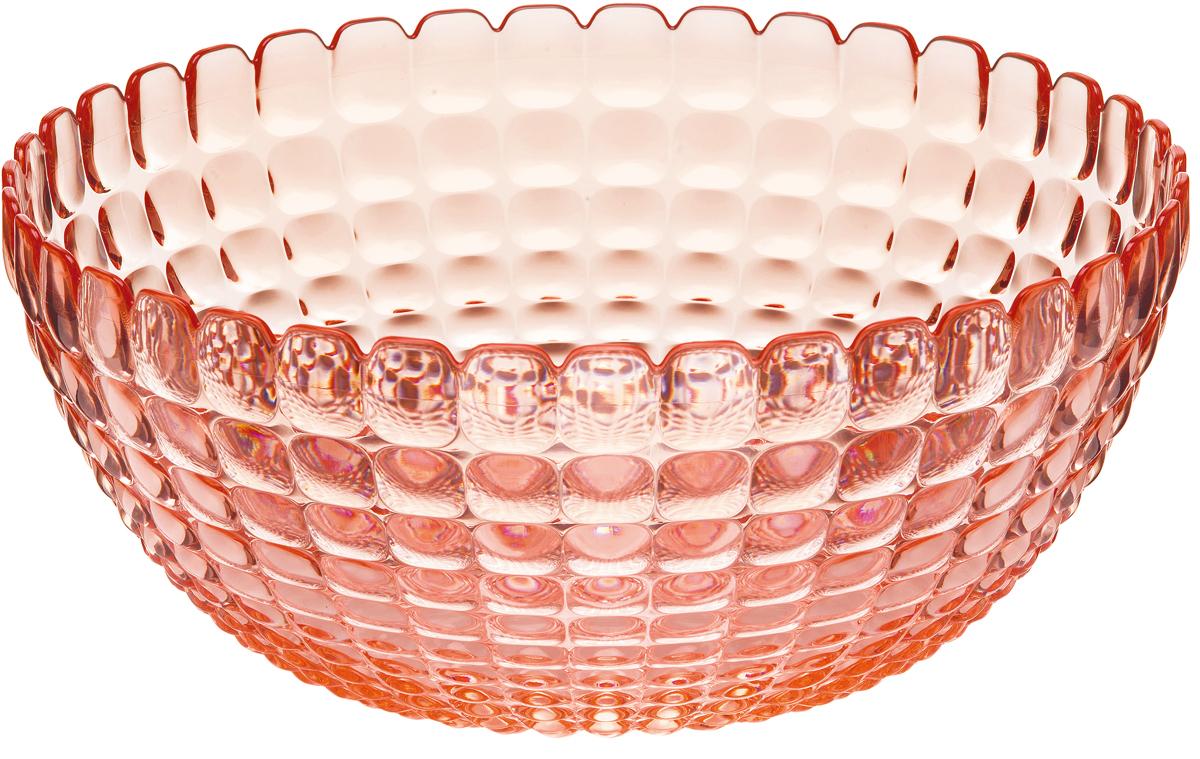 Салатница Guzzini Tiffany, цвет: коралловый, размер L, 3 л21382523Яркая и нарядная салатница Tiffany станет настоящим украшением любого стола. Её можно использовать не только для салатов, но так же для подачи фруктов, выпечки и различных угощений. Идеально подходит для сервировки на свежем воздухе - рельефная форма в сочетании с прозрачным материалом заставляет поверхность сверкать и переливаться на свету. Объем - 3 л. Органическое стекло, из которого изготовлена салатница, характеризуется легкостью и устойчивостью к износу. Не содержит вредных примесей и бисфенола-А. Можно мыть в посудомоечной машине.