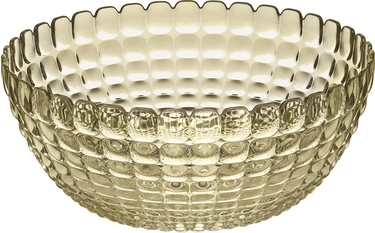 Салатник Guzzini Tiffany, цвет: песочный, 3 л21382539Элегантный салатник Guzzini Tiffany станет настоящим украшением любого стола. Его можно использовать не только для салатов, но также для подачи фруктов, выпечки и различных угощений. Идеально подходит для сервировки на свежем воздухе - рельефная форма в сочетании с прозрачным материалом заставляет поверхность сверкать и переливаться на свету. Органическое стекло, из которого изготовлен салатник, характеризуется легкостью и устойчивостью к износу. Не содержит вредных примесей и бисфенола-А. Можно мыть в посудомоечной машине.