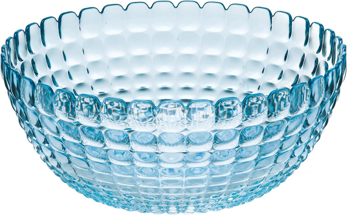 Салатница Guzzini Tiffany, цвет: голубой, размер XL, 5 л21383081Яркая и нарядная салатница Tiffany станет настоящим украшением любого стола. Её можно использовать не только для салатов, но так же для подачи фруктов, выпечки и различных угощений. Идеально подходит для сервировки на свежем воздухе - рельефная форма в сочетании с прозрачным материалом заставляет поверхность сверкать и переливаться на свету. Объем - 5 л. Органическое стекло, из которого изготовлена салатница, характеризуется легкостью и устойчивостью к износу. Не содержит вредных примесей и бисфенола-А. Можно мыть в посудомоечной машине.