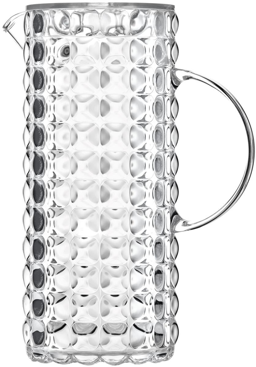Кувшин для напитков Guzzini Tiffany, цвет: прозрачный, 1,75 л22560000Яркий и нарядный кувшин Tiffany выполнен из прозрачного и легкого материала, который переливается на свету и создает праздничную атмосферу за любым столом. Идеален для пикников и приемов пищи на свежем воздухе. Верхняя съемная крышка защитит напитки от пыли и насекомых.Рельефная форма с носиком удобна для наливания освежающих лимонадов, бодрящих соков и цитрусовых коктейлей. Горлышко кувшина оснащено небольшим фильтром, который пригодится при подаче морсов, компотов и других напитков с кусочками фруктов и ягод.Можно мыть в посудомоечной машине.