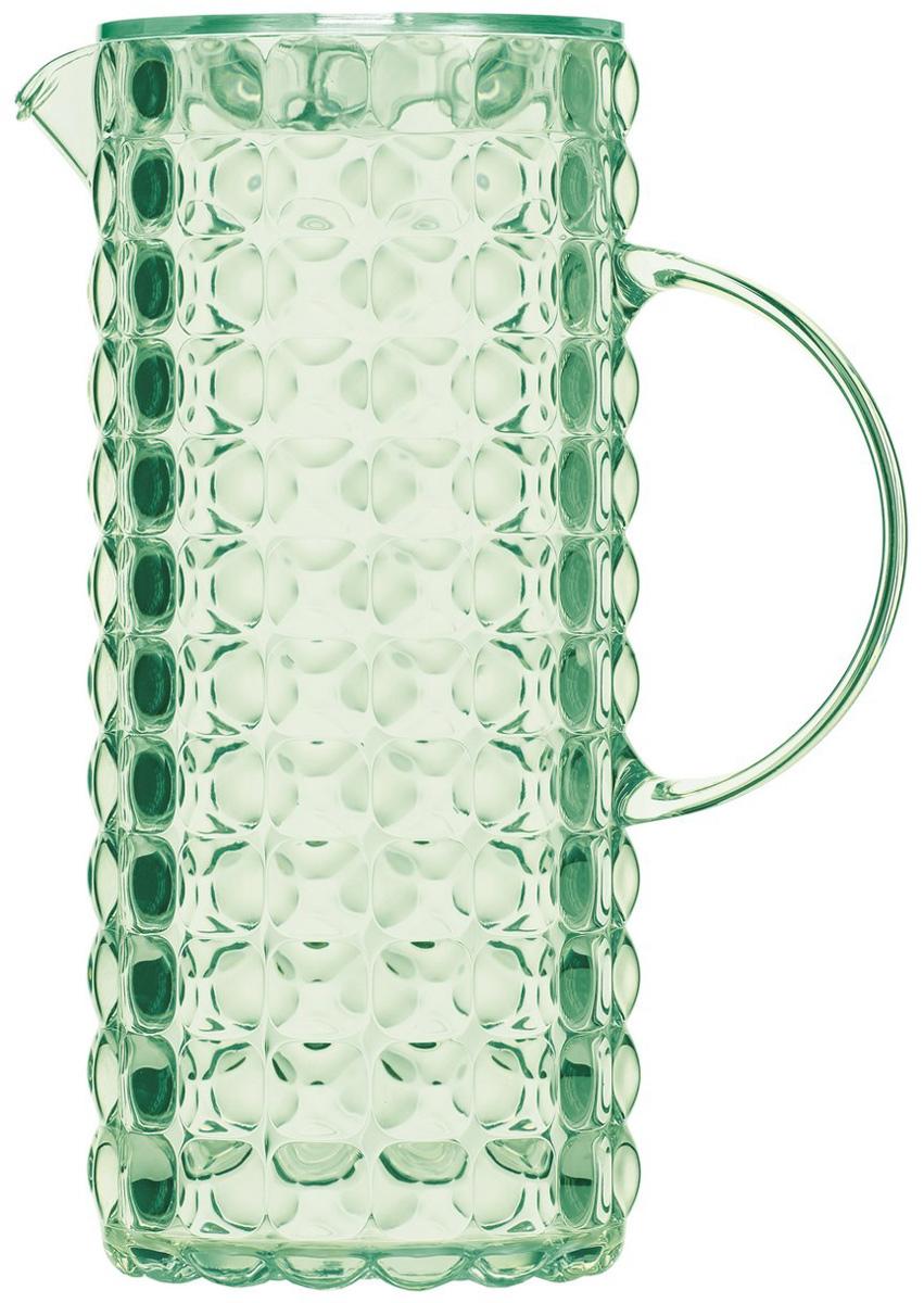 Кувшин для напитков Guzzini Tiffany, цвет: зеленый, 1,75 л22560060Яркий и нарядный кувшин Tiffany выполнен из прозрачного и легкого материала, который переливается на свету и создает праздничную атмосферу за любым столом. Идеален для пикников и приемов пищи на свежем воздухе. Верхняя съемная крышка защитит напитки от пыли и насекомых.Рельефная форма с носиком удобна для наливания освежающих лимонадов, бодрящих соков и цитрусовых коктейлей. Горлышко кувшина оснащено небольшим фильтром, который пригодится при подаче морсов, компотов и других напитков с кусочками фруктов и ягод. Можно мыть в посудомоечной машине.