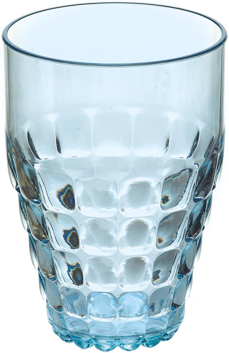 Бокал Guzzini Tiffany, цвет: голубой, 510 мл22570181Легкий и яркий дизайн бокала Guzzini Tiffany будто намекает на освежающие лимонады, бодрящие соки и цитрусовые коктейли. Отличается конической формой и прозрачным материалом, который придает бокалу характерный блеск. Сверкающий эффект усиливается на солнечном свету, поэтому бокал станет отличным решением для подачи напитков на свежем воздухе.Бокал идеально подойдет для использования каждый день - добавит яркий акцент пространству кухни или гостиной. Изготовлен из высококачественного органического стекла, устойчивого к износу и повреждениям.Не содержит вредных примесей и бисфенола-А.Можно мыть в посудомоечной машине.Диаметр: 9 см.Высота: 13 см.