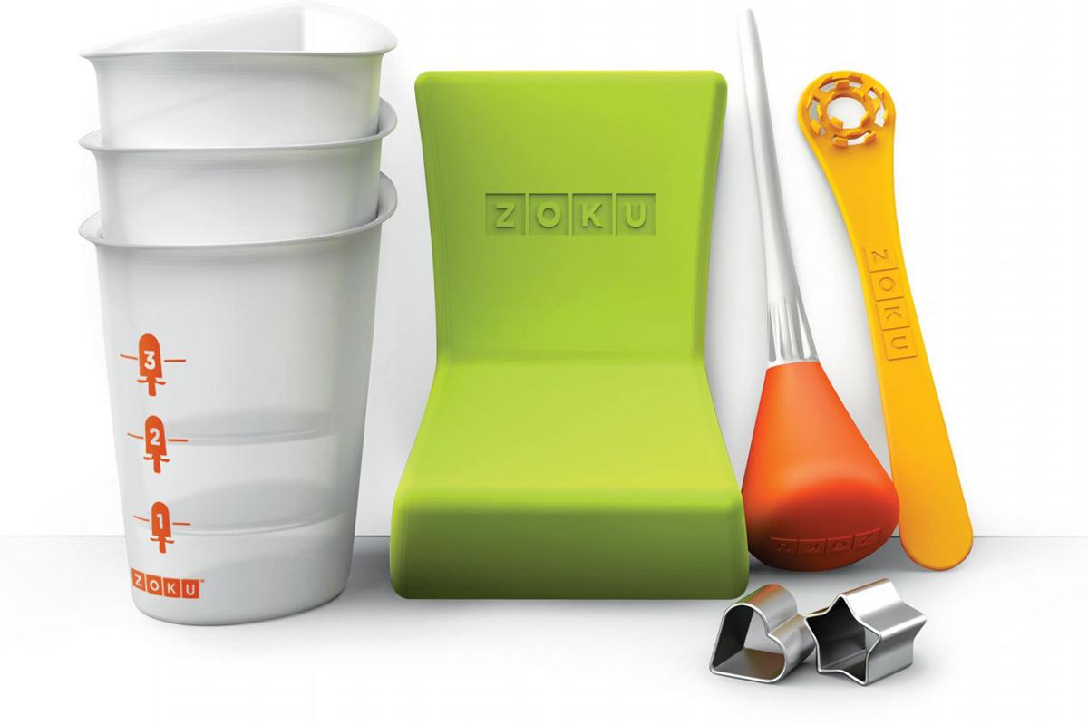 Набор для приготовления мороженого Zoku Quick Pop Tools, 8 предметов. ZK103ZK103Почувствуйте себя настоящим художником с помощью набора инструментов Quick Pop Tools! Создавайте свои собственные съедобные творения, украшая десерты забавными рисунками, уникальными орнаментами, полосами и зигзагами. Теперь каждая порция будет иметь свой оригинальный дизайн, который зависит исключительно от полета вашей фантазии. Это удивительная возможность проявить себя и хороший способ привлечь к веселому занятию своих детей.Набор включает в себя:- 3 стаканчика с мерной шкалой;- 1 сифон для создания нескольких слоев;- 1 наклонный лоток, чтобы мороженое замерзало под углом;- 1 трафарет «сердце»;- 1 трафарет «звезда»;- 1 палочка для фруктов.Не содержит вредных примесей и бисфенола-А. Моется вручную.