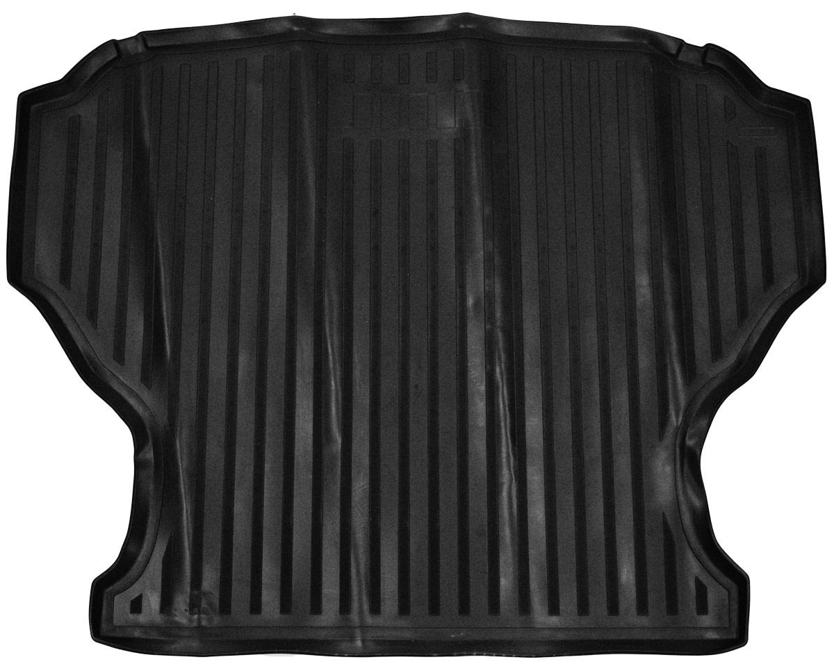 Коврик багажника Rival для Lada Granta (LB) 2014-, полиуретан16001003Коврик багажника Rival позволяет надежно защитить и сохранить от грязи багажный отсек вашего автомобиля на протяжении всего срока эксплуатации, полностью повторяют геометрию багажника.- Высокий борт специальной конструкции препятствует попаданию разлившейся жидкости и грязи на внутреннюю отделку.- Произведены из первичных материалов, в результате чего отсутствует неприятный запах в салоне автомобиля.- Рисунок обеспечивает противоскользящую поверхность, благодаря которой перевозимые предметы не перекатываются в багажном отделении, а остаются на своих местах.- Высокая эластичность, можно беспрепятственно эксплуатировать при температуре от -45 ?C до +45 ?C.- Изготовлены из высококачественного и экологичного материала, не подверженного воздействию кислот, щелочей и нефтепродуктов. Уважаемые клиенты!Обращаем ваше внимание,что коврик имеет формусоответствующую модели данного автомобиля. Фото служит для визуального восприятия товара.