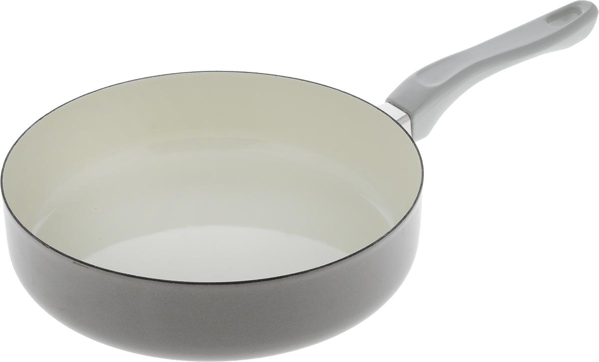 Сковорода эмалированная Metalac Posude Majestic, цвет: серый. Диаметр 24 см147304Сковорода Metalac Posude Majestic изготовлена из стали с эмалированным покрытием.Стеклоэмаль инертна и устойчива к пищевым кислотам, не вступает во взаимодействие спродуктами и не искажает их вкус, не вызывает аллергию и надежно защищает пищу от контактас металлом. Покрытие устойчиво к механическому воздействию, не царапается и не сходит, астальная основа не подвержена механической деформации, благодаря чему, срок эксплуатацииувеличивается.Изделие оснащено удобной бакелитовой ручкой, которая не нагревается во время готовки.Подходит для всех видов плит, включая индукционные. Изделие можно мыть в посудомоечноймашине. Размер сковороды (по верхнему краю): 24 см. Длина ручки: 17.5 см. Высота стенки: 6 см. Размер дна: 21 см.