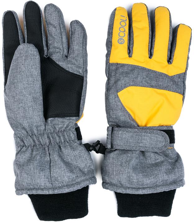 Перчатки для мальчика Scool, цвет: серый, желтый, черный. 373078. Размер 17373078Перчатки Scool выполнены из водонепроницаемой ткани. Область ладони дополнена вставкой из искусственной кожи. Подкладка из флиса. Модель со светоотражающими элементами. Запястья по ширине можно регулировать за счет удобной липучки. Перчатки дополнены манжетами из плотного трикотажа. Между собой перчатки можно соединить с помощью карабина.