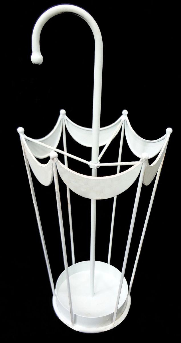 Подставка для зонтов Magic Home Зонт, цвет: белый, 28 х 24 х 66 см44595Напольная подставка для зонтов Magic Home Зонт выполнена из черного окрашенного металла.Оригинальный дизайн изделия идеально впишется в интерьер любой прихожей. Подставка компактная и не занимает много места.Подставка для зонтов - это не только способ организовать пространство, но и идеальный элемент декора.Размер 28 х 24 х 66 см.