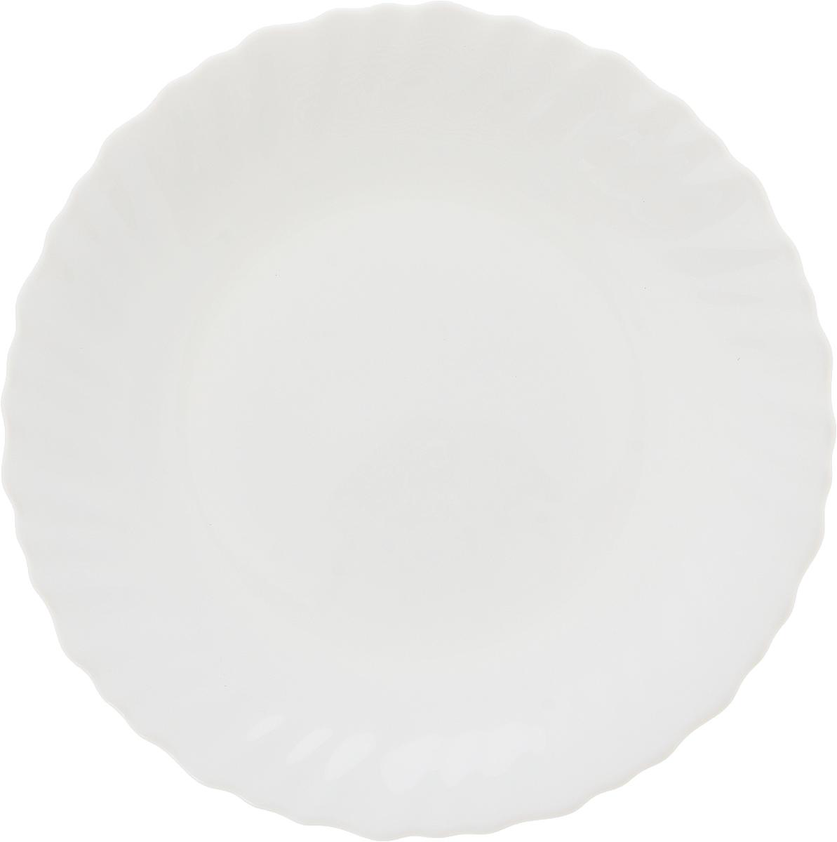 Тарелка десертная Luminarc Feston, диаметр 19 смJ6332Десертная тарелка Luminarc Feston, изготовленная из высококачественного стекла, имеет изысканный внешний вид. Такая тарелка прекрасно подходит как для торжественных случаев, так и для повседневного использования. Идеальна для подачи десертов, пирожных, тортов и многого другого. Она прекрасно оформит стол и станет отличным дополнением к вашей коллекции кухонной посуды.Диаметр тарелки: 19 см.Высота тарелки: 2 см.