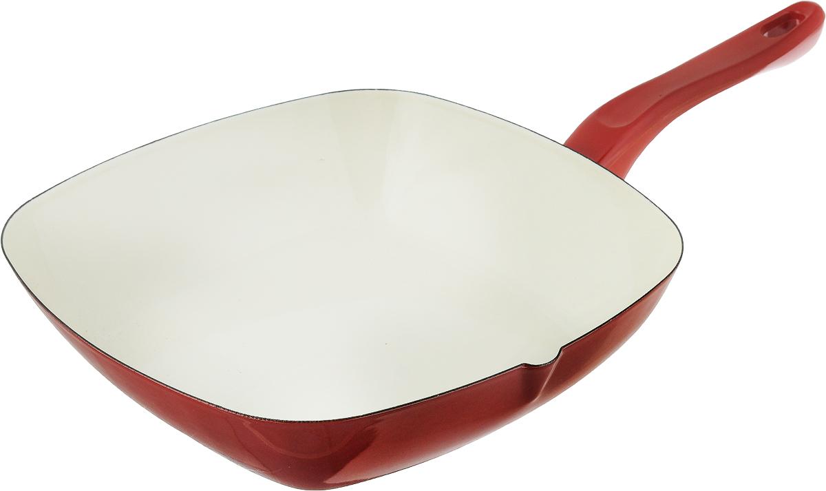 Сковорода эмалированная Metalac Posude Majestic, цвет: красный, кремовый, 26 х 26 см147350Сковорода Metalac Posude Majestic изготовлена из стали с эмалированным покрытием. Стеклоэмаль инертна и устойчива к пищевым кислотам, не вступает во взаимодействие с продуктами и не искажает их вкус, не вызывает аллергию и надежно защищает пищу от контакта с металлом. Покрытие устойчиво к механическому воздействию, не царапается и не сходит, а стальная основа не подвержена механической деформации, благодаря чему, срок эксплуатации увеличивается. Изделие оснащено удобной бакелитовой ручкой, которая не нагревается во время готовки.Подходит для всех видов плит, включая индукционные. Изделие можно мыть в посудомоечной машине.Размер сковороды (по верхнему краю): 26 х 26 см.Длина ручки: 17.5 см.Высота стенки: 6 см.Размер дна: 18 х 18 см.