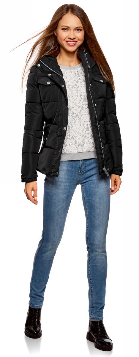 Куртка женская oodji Ultra, цвет: черный. 10203069/43802/2900N. Размер 40-170 (46-170)10203069/43802/2900NКуртка женская oodji Ultra выполнена из полиэстера. Модель с длинными рукавами и капюшоном застегивается на застежку-молнию и кнопки.