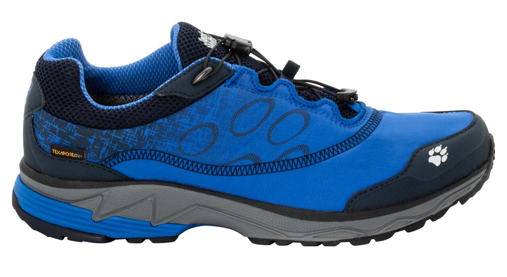 Кроссовки для бега мужские Jack Wolfskin Zenon Track Texapore Low M, цвет: синий. 4026151-1615. Размер 9,5 (42)4026151-1615Легкие водостойкие кроссовки для бега по пересеченной местности.Надевайте, регулируйте шнуровку до нужной степени облегания и отправляйтесь в лес! Любители бега по пересеченной местности обязательно оценят кроссовки Zenon Track Texapore Low. Сочетание текстильной ткани и мембраны Texapore делает эти кроссовки легкими, водостойкими и удобными. А система скоростной шнуровки позволяет затянуть кроссовки по размеру одним лишь движением шнурка.Если ваш путь пролегает по гравию, камням или корням деревьев, кроссовки Zenon Track позволят вам чувствовать уверенность в каждом своем шаге. Подошва Wolf Trail обеспечивает нужное соотношение амортизации и устойчивости для такого типа условий местности.