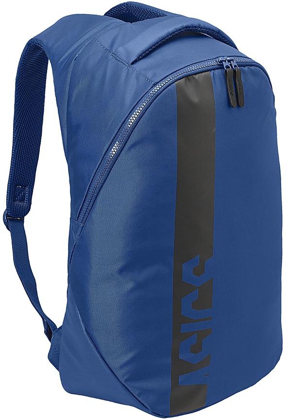 Рюкзак спортивный Asics Training Large Backpack, цвет: синий146812-0844Отправляйтесь с утра в спортзал или захватите рюкзак с формой с собой на работу: в нем есть специальное отделение для телефона, кошелька и ключей. При быстрой ходьбе и беге уплотнение со стороны спины и регулируемые плечевые ремни обеспечат дополнительный комфорт. Надежный внутренний карман для ценных предметов. Уплотнение со стороны спины и регулируемые плечевые ремни для вашего удобства. Основное отделение внизу достаточно вместительное для формы и беговых кроссовок.