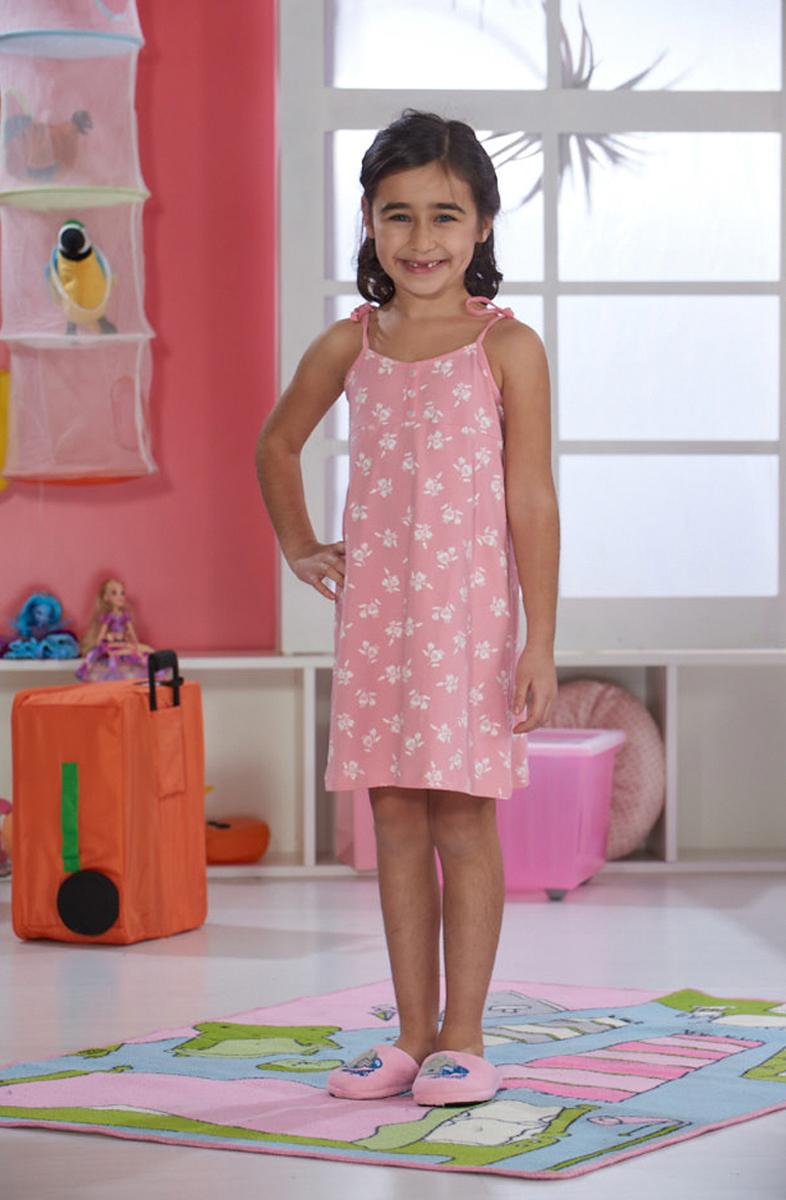 Платье домашнее для девочки Sevim, цвет: розовый. 7500 SV. Размер 5 (106/116 см)7500 SVДомашнее платье Sevim выполнено из мягкого эластичного хлопка. Модель с круглым вырезом горловины, на тонких бретельках-завязках, спереди дополнена планкой с тремя пуговками. Платье красиво смотрится, идеально сидит, дарит легкость, свободу движениям и оптимальный комфорт в процессе носки.