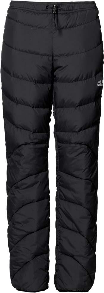 Брюки утепленные женские Jack Wolfskin Atmosphere Pants W, цвет: черный. 1501301-6000. Размер S (44/46)1501301-6000Экстратеплые и легкие пуховые брюки Jack Wolfskin Atmosphere Pants при температуре ниже нуля помогут вам согреться как в горной хижине, так и в палатке. Надев эти брюки, вы навсегда попрощаетесь с холодом.Модель прямого кроя стандартной посадки на талии с завышенной задней частью имеет пояс на регулируемой резинке со стоппером и дополнена задним прорезным карманом на молнии. Брюки изготовлены из легкой, прекрасно дышащей, ветро-и водостойкой ткани Full Dull Mini Ripstop. В качестве утеплителя использован легкий высокоэффективный утиный пух с перьями, который обеспечивает наилучшую в своем классе теплоизоляцию при минимальном весе. В области голеней, коленей и седла вместо пуха использован прочный синтетический утеплитель Microguard (120 г/м2). Этот материал менее чувствителен к намоканию и лучше переносит сдавливание.Когда необходимость в теплых брюках отпадет, их можно плотно упаковать в чехол, входящий в комплект. При этом они почти не займут места в вашем рюкзаке.