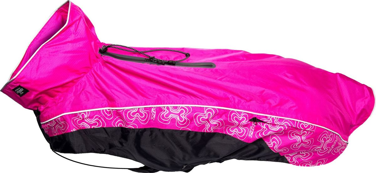 Попона-дождевик для собак Rogz RainSkin, унисекс, цвет: розовый. Размер M/LDSR44KПопона-дождевик для собак Rogz RainSkin предназначена для прогулок в прохладные дни. Низ попона-дождевика выполнен из подкладочного полиэстера и PVC слоя, а верх из 100% нейлона Rip Stop. Попона имеет водоотталкивающую и водонепроницаемую ткань, пятна грязи на которой не впитываются в ткань и легко удаляются.Изделие имеет специальный карман для хранения, который удобно крепится на поводке или ошейнике. Кожа животного не перегревается. Специальная конструкция предотвращает защемление шерсти в зубья молнии и не вызывает раздражения на коже животного. Эластичные ремни могут перемещаться вправо или влево в зависимости от обхвата груди животного. Удобная застежка-молния располагается сбоку, а не под горлом. Данная система обеспечивает комфорт и удобство движения для активных животных. Специальная застежка на спине позволяет надевать попону вместе со шлейкой. Регулируемые вставки облегчают прилегание изделия к лапам.Ручная или машинная стрика. Одежда для собак: нужна ли она и как её выбрать. Статья OZON Гид
